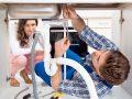 Des conseils pratiques pour le nettoyage d'un évier avec Plombier Anjou